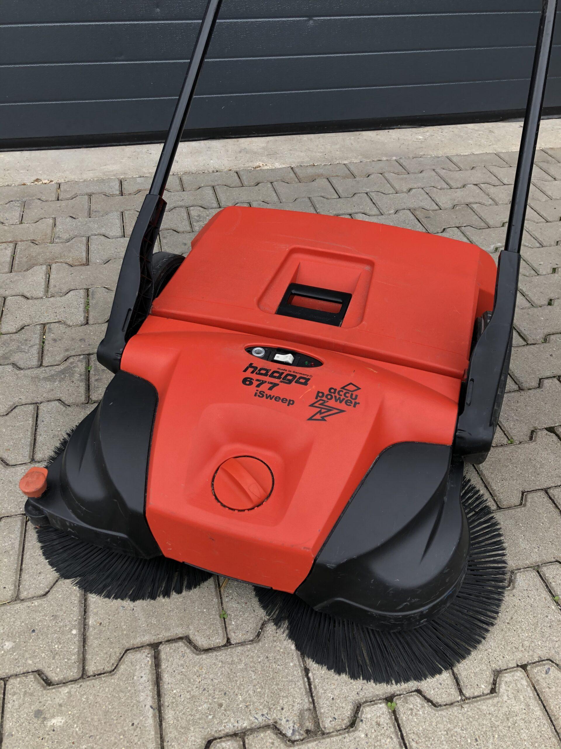 Haaga veegmachine op tegels